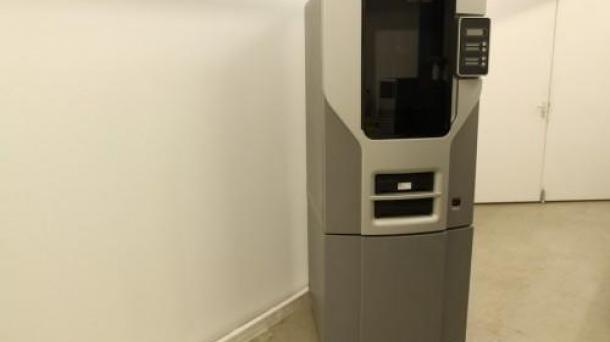 used Stratasys Dimension SST1200es.